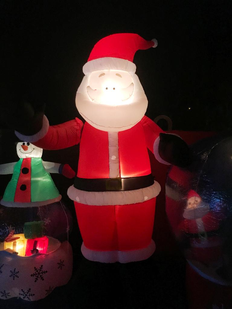 Netto Weihnachtsbeleuchtung.Aufblasbare Weihnachtsdeko Aufblasbare Weihnachtsdekoration